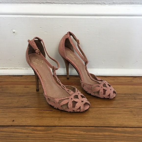 20b61511351 Anthropologie Shoes - Anthro Miss Albright Dusty Rose Strappy Heels 36